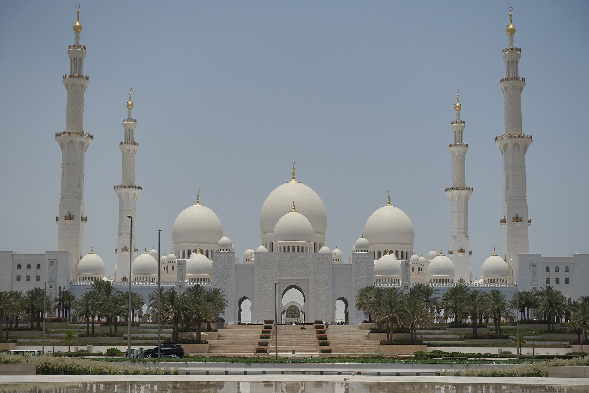 Abu Dhabi Uae Local Travel Information And City Guide
